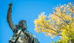 The statue of Oliver Hazard Perry in downtown Erie's Perry Square